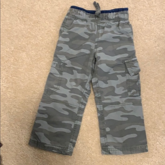 Carter's 2T green camo cargo cotton pants